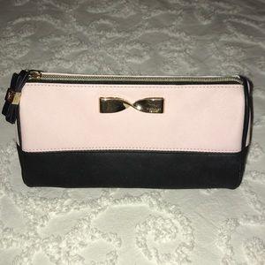 Victoria's Secret Makeup Bag 💄